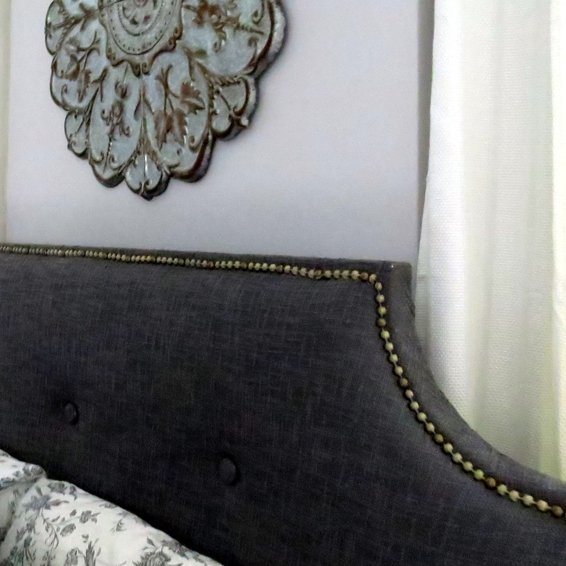Making An Upholstered Headboard With Nailhead Trim Diy Upholstered Headboard With Tufting And Nailhead Trim