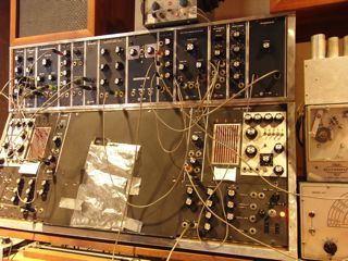 Moogtonium Close-up