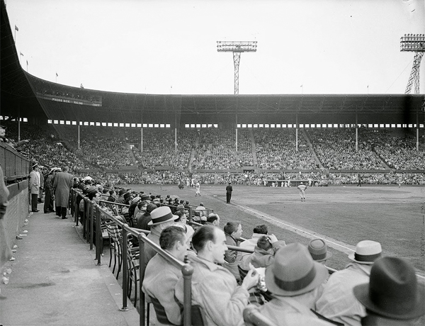 Maple-Leaf-Stadium-1B-Line