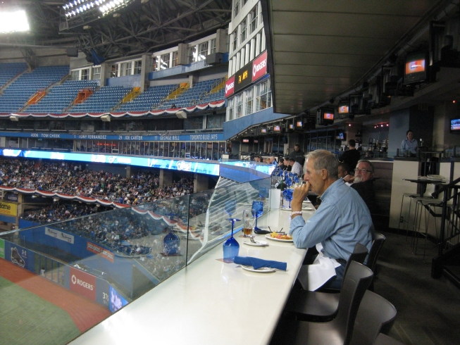 The Rogers Centre S Sightlines Restaurant Review Mop