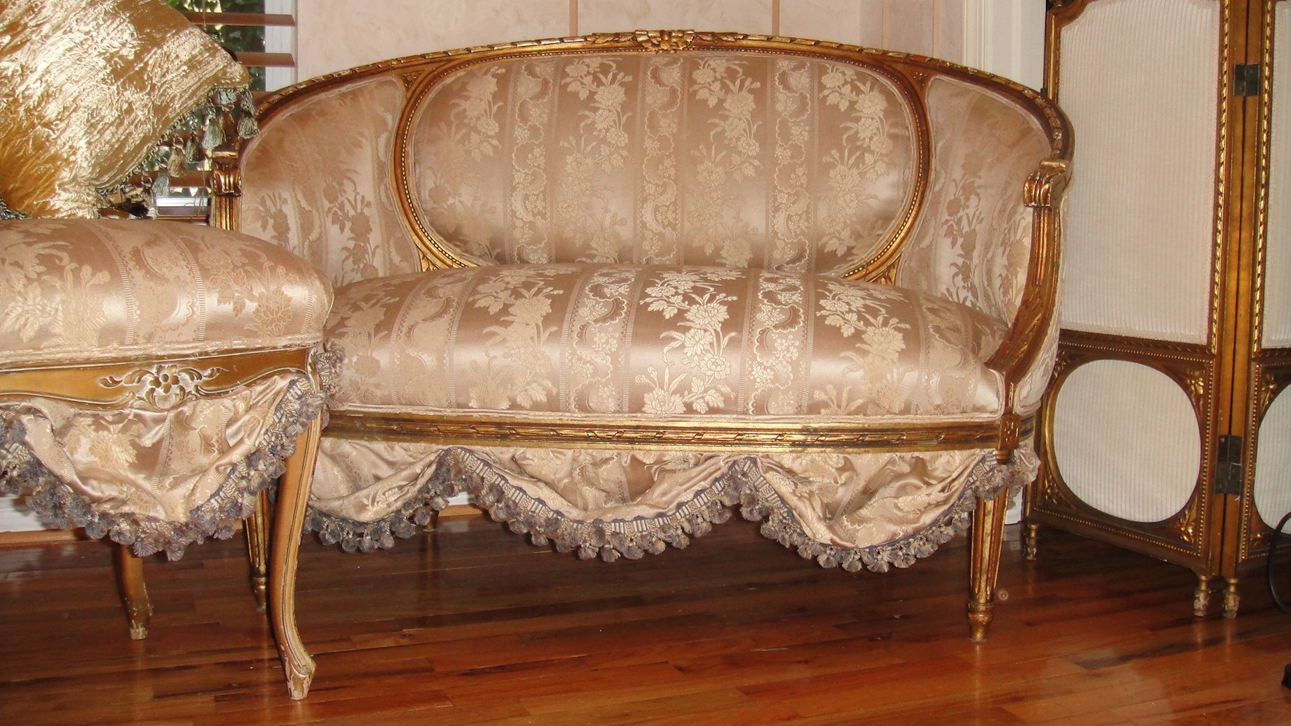 Antike Sofas & Loveseats French Antique Settee Sofa Loveseat Circa 1800 39s Scallops