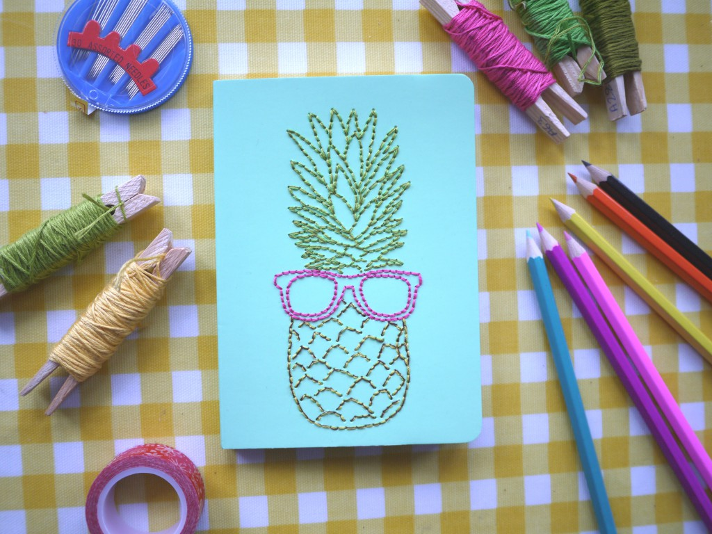 10 Creative Easy Ways To Decorate School Notebooks