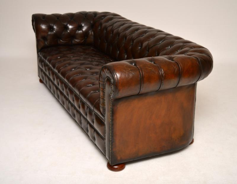 Antike Sofas Furniture Antikes Tief Geknöpftes Ledersofa Chesterfield