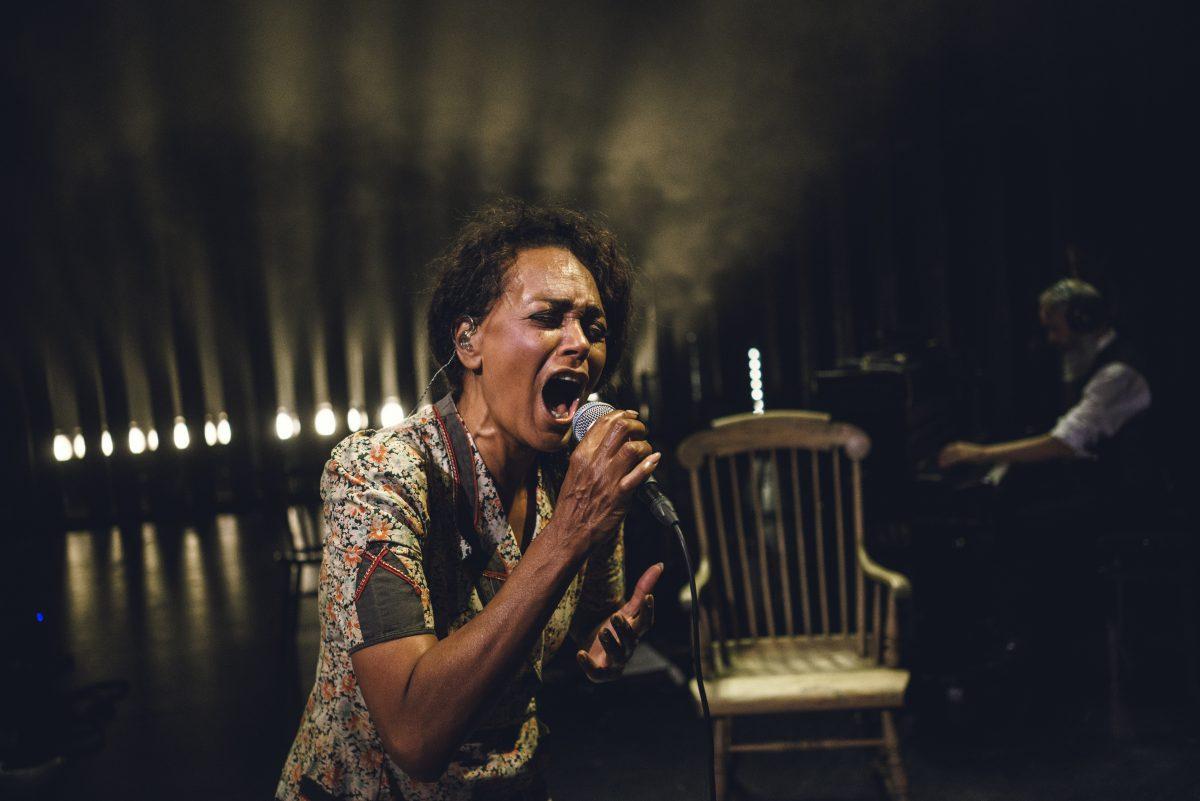 ANMELDELSE: American spirit, Aarhus Teater