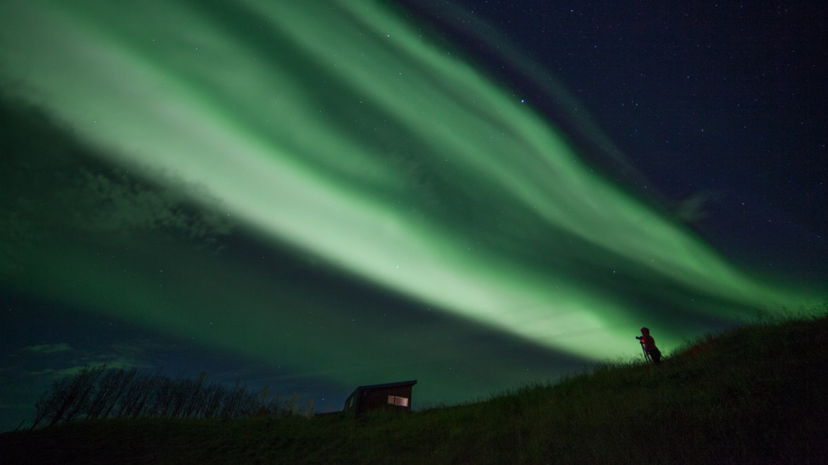 How to Photograph the Northern Lights like a Boss