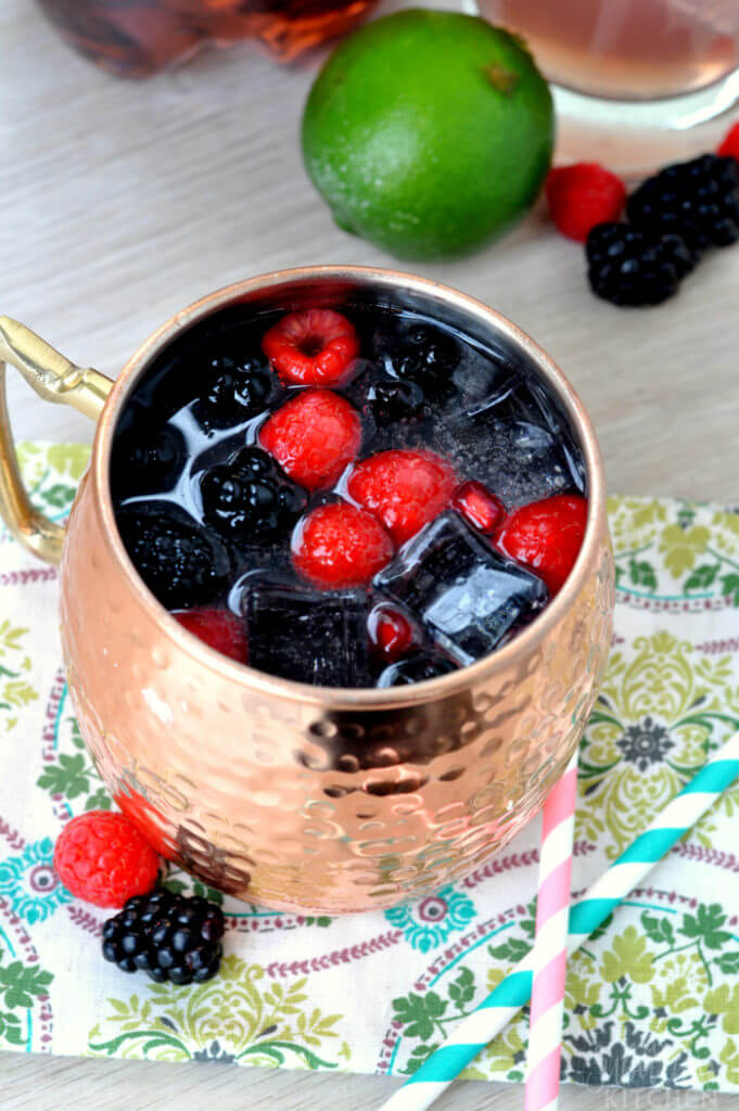 Looking for delicious cocktails to add to your cocktail hour? Try this Blackberry Moscow Mule.