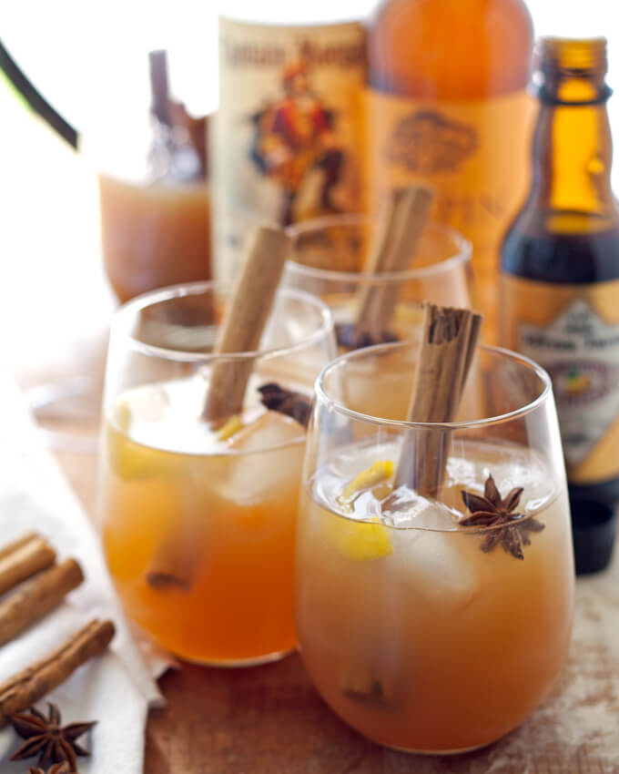 Image-Autumn-spiced-rum-cider-cocktail-2
