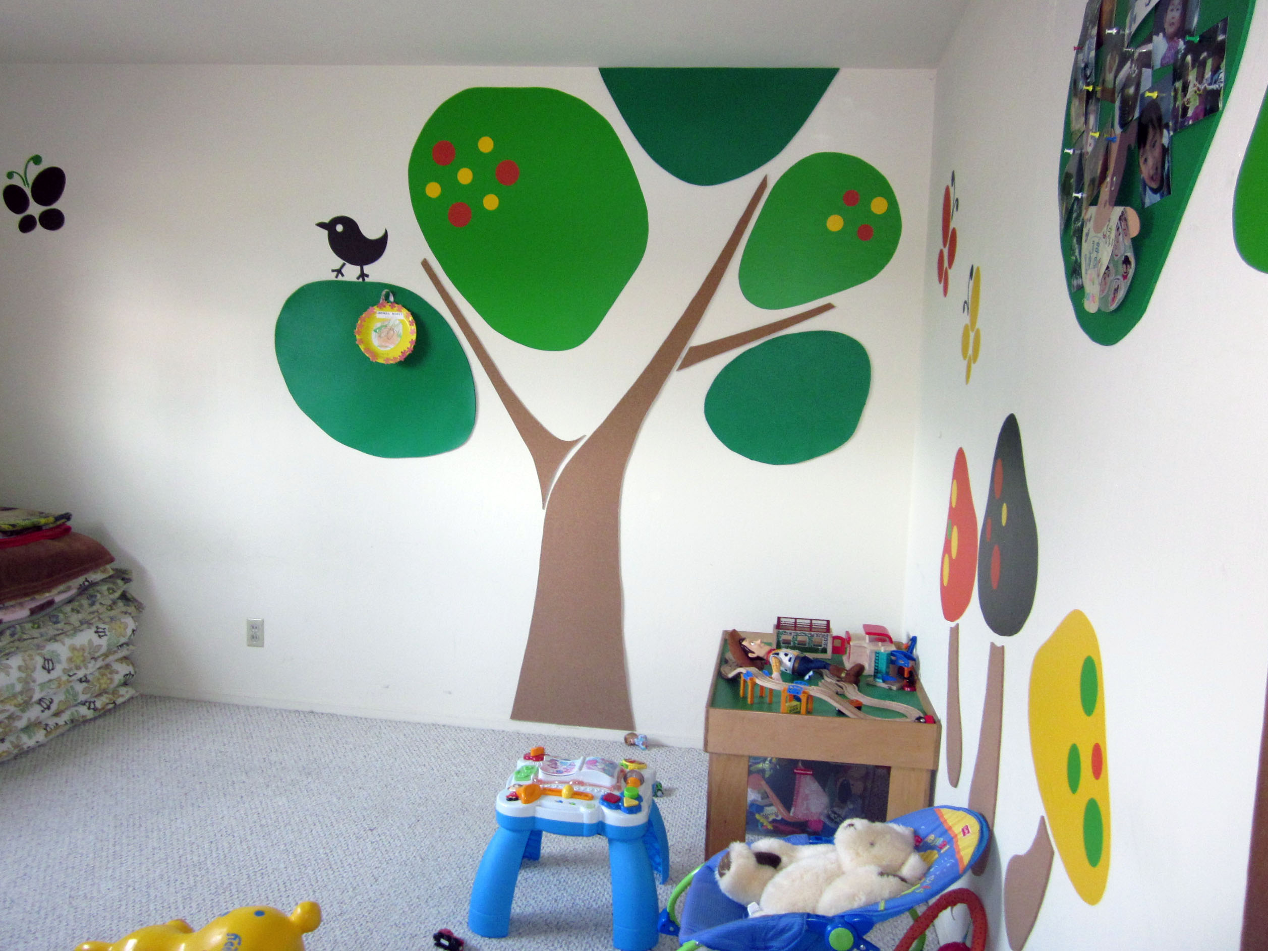 25 Vivacious Kids Rooms With Brick Walls Full Of Personality: Kid Room Wall Decoration