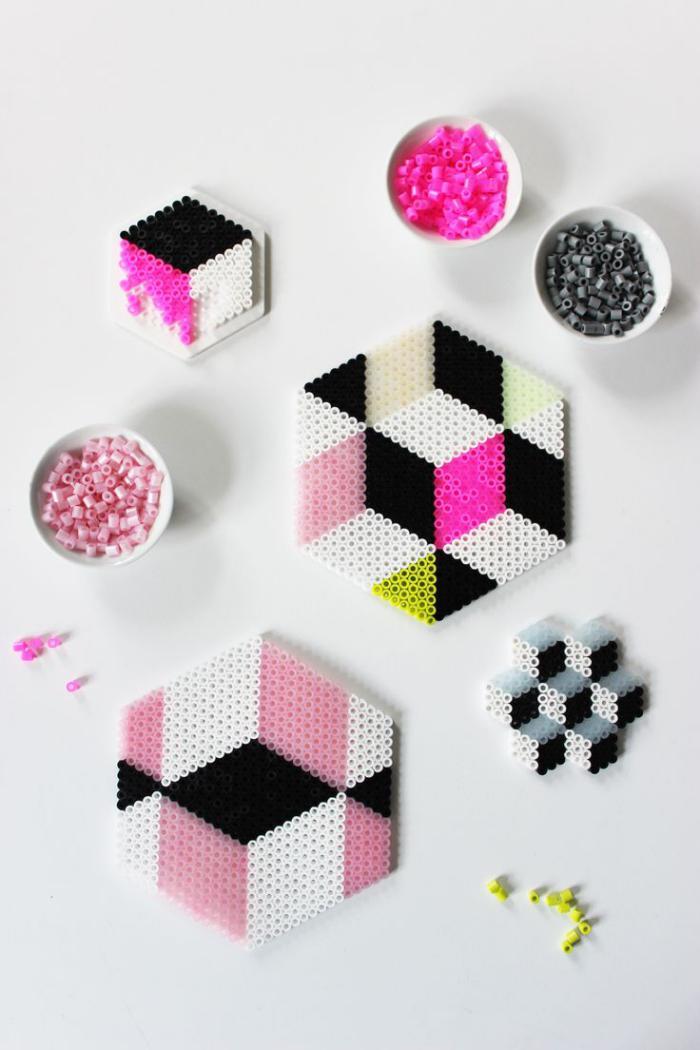 perles-à-repasser-jolis-dessous-de-tasses-multicolores