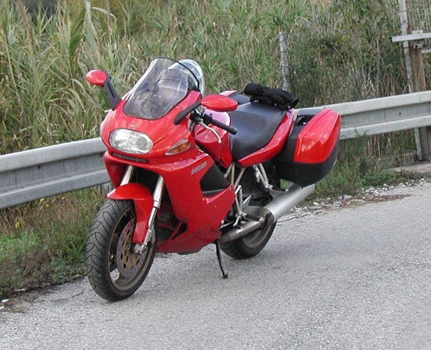 1999 Ducati ST4 - MotoZombDriveCOM