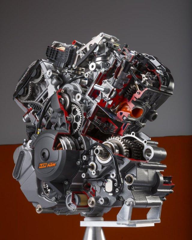 72-KTM-SuperDukeR-Malaysia-003