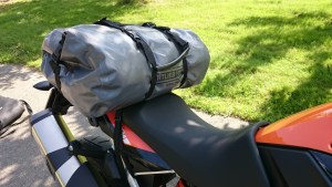 """A loading example, here a 49 liter large """"Rack Pack"""" from Ortlieb."""
