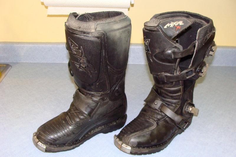 Dirt Bike Youth Size 5 Boots Brick7 Motorcycle