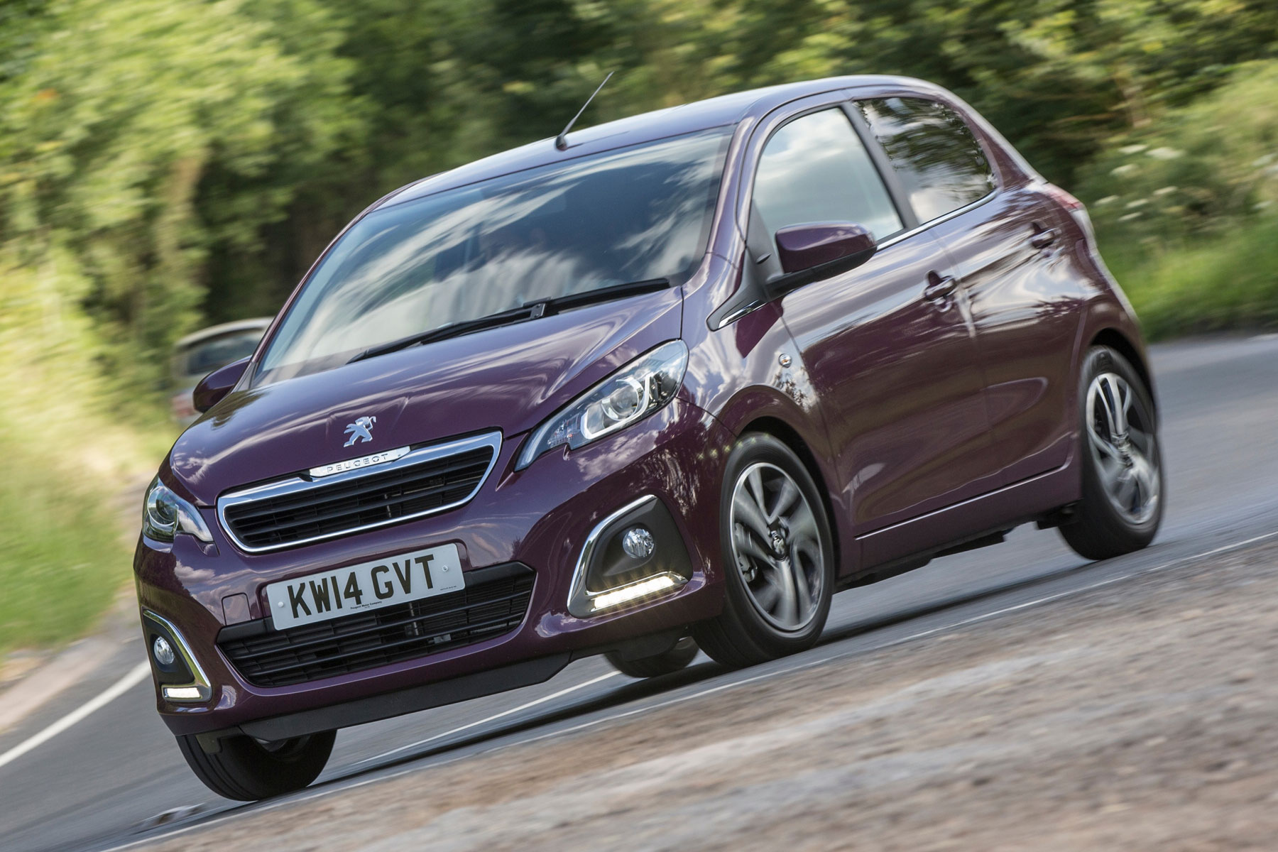 Peugeot First Car The 20 Best First Cars Motoring Research