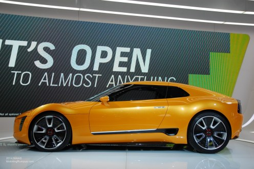 2014 NAIAS Kia GT4 Stinger Concept Side