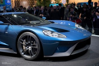 2015 NAIAS Ford GT Liquid Blue