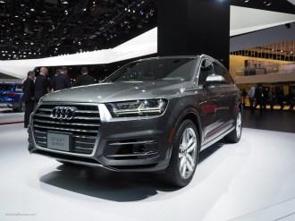 2016 NAIAS Audi Q7 Front