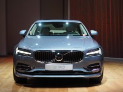 2016 NAIAS Volvo S90 T6 Front