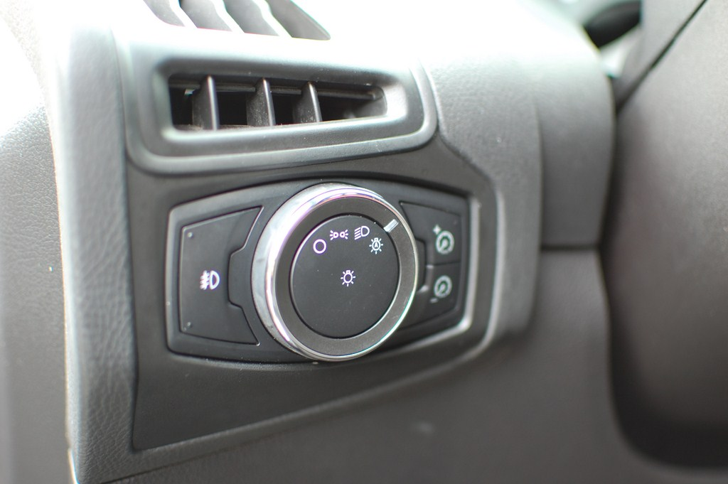 Fog Light Installation - S Model (with Pics) - Page 7 - Ford Focus