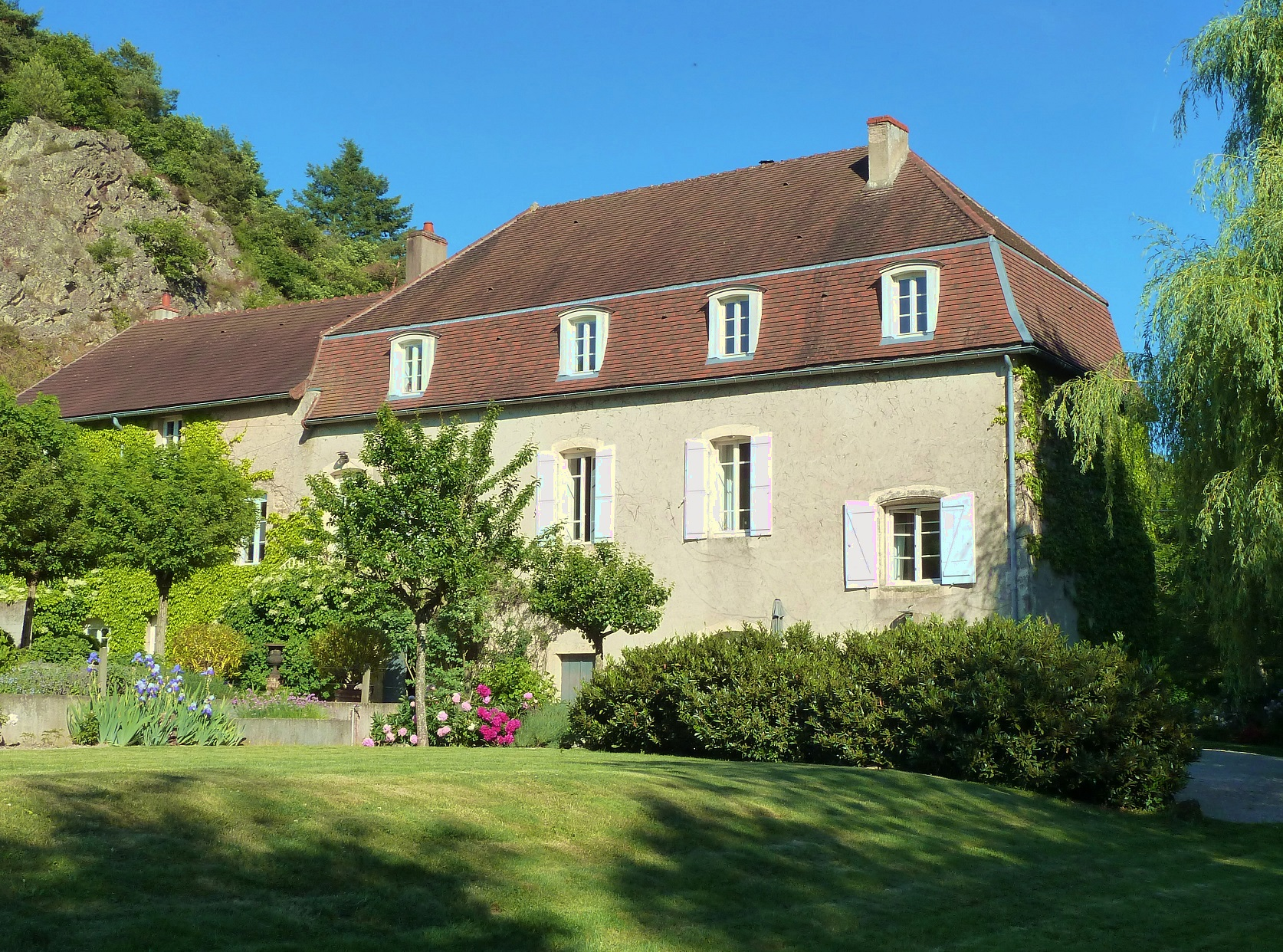 Esszimmer 20m2 Beautiful Converted Watermill For Sale In Burgundy Saone Et Loire