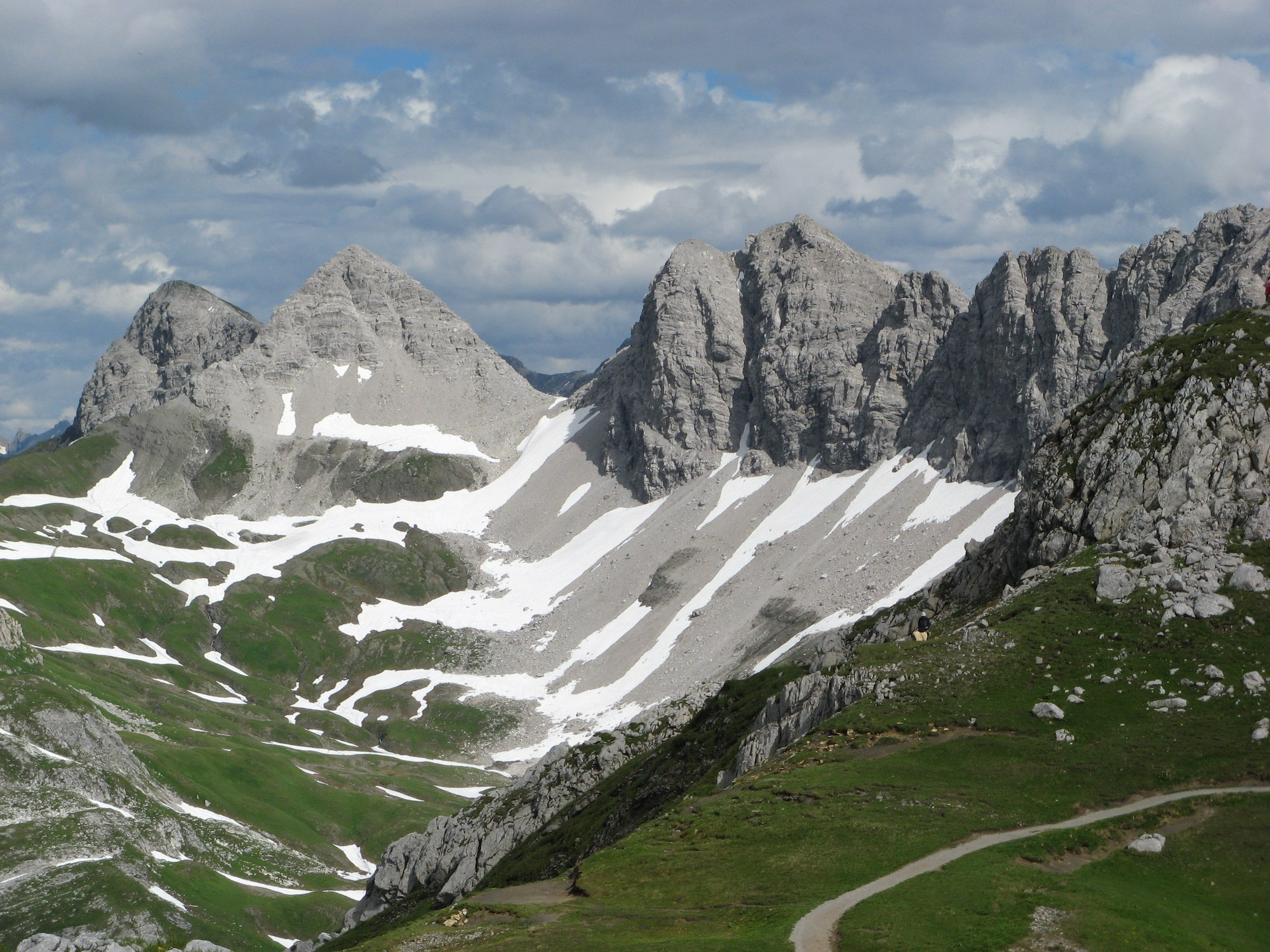 Arete Kirkland Parking Global Adventure Hike The Alps Of Western Austria The Mountaineers