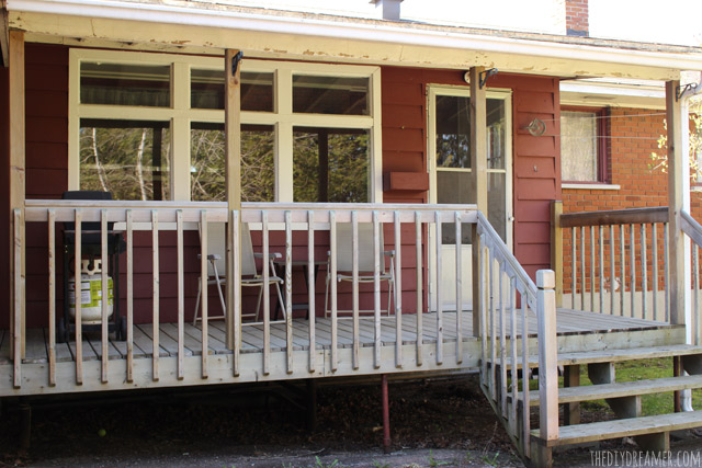 Before-photo-of-back-porch-thediydreamer