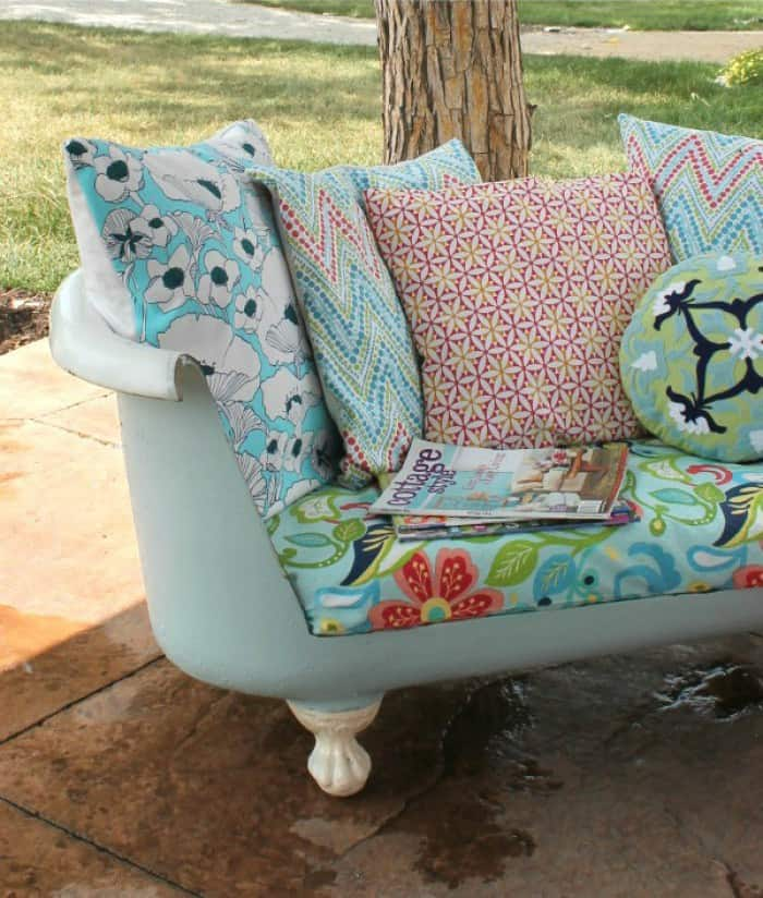 how-to-make-an-outdoor-sofa-from-a-cast-iron-bathtub-e1428408568123