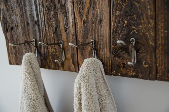 upcycled-towel-rack