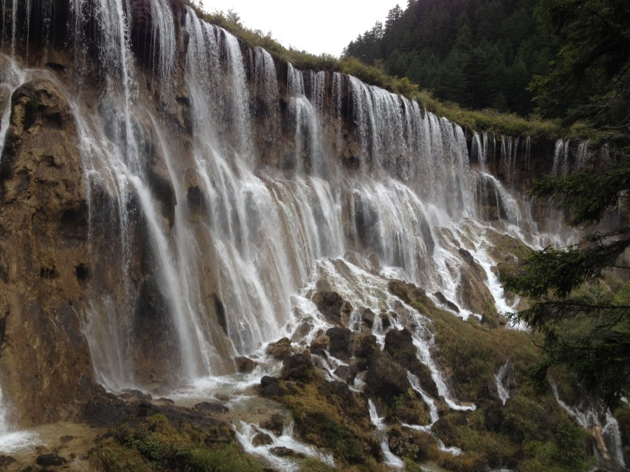Juizhaigou waterfall