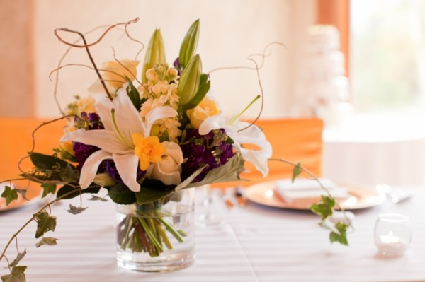 9-lily-centerpiece-KB_Digital_Designs-Estes-Park-Wedding