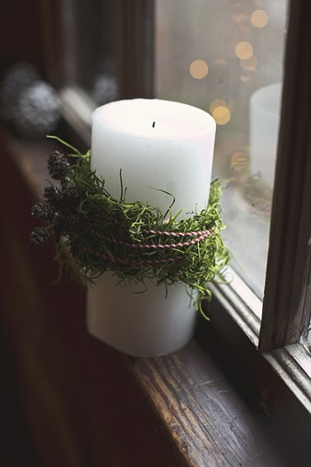 pine wrapped white candle