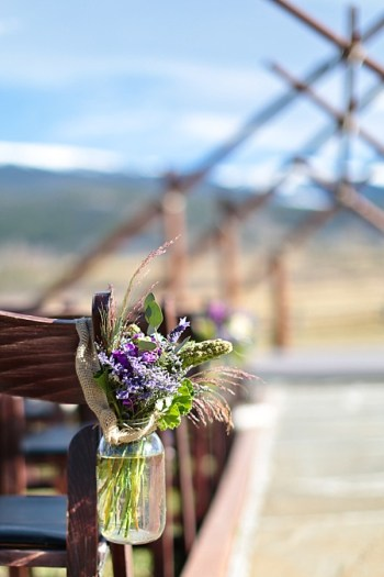 12b-Devils-Thumb-Ranch-wedding-Becky-Young Photography-ceremony-decor