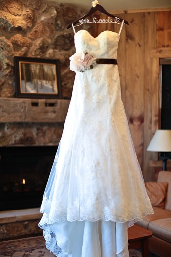1b-Devils-Thumb-Ranch-wedding-Becky-Young Photography-dress