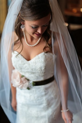 8b-Devils-Thumb-Ranch-wedding-Becky-Young Photography-bride-in-veil
