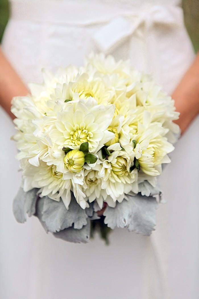 white wedding bouquet | Snowbird Utah Wedding Logan Walker Photography