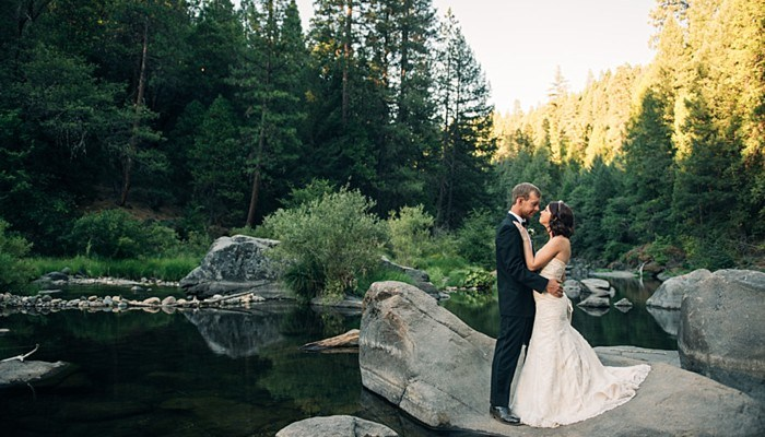 Sierra Foothills Anniversary Session Before the King Fire Destroyed the Land