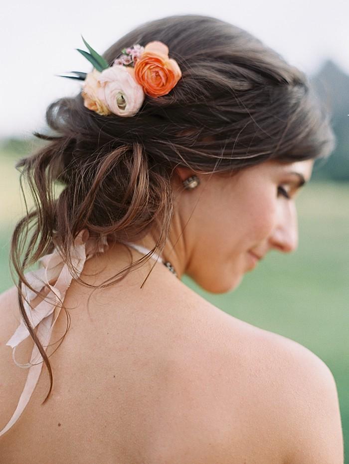 Flowers for hair    Boulder Colorado Wedding   Laura Murray