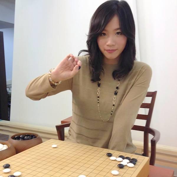 囲碁 プロ 年収
