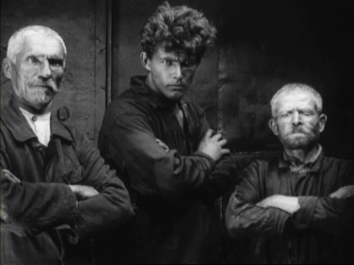 Discontinuity Editing Elicits Emotion in Eisenstein's Strike