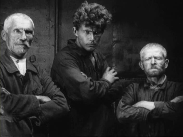 Discontinuity Editing Elicits Emotion in Eisenstein's Strike