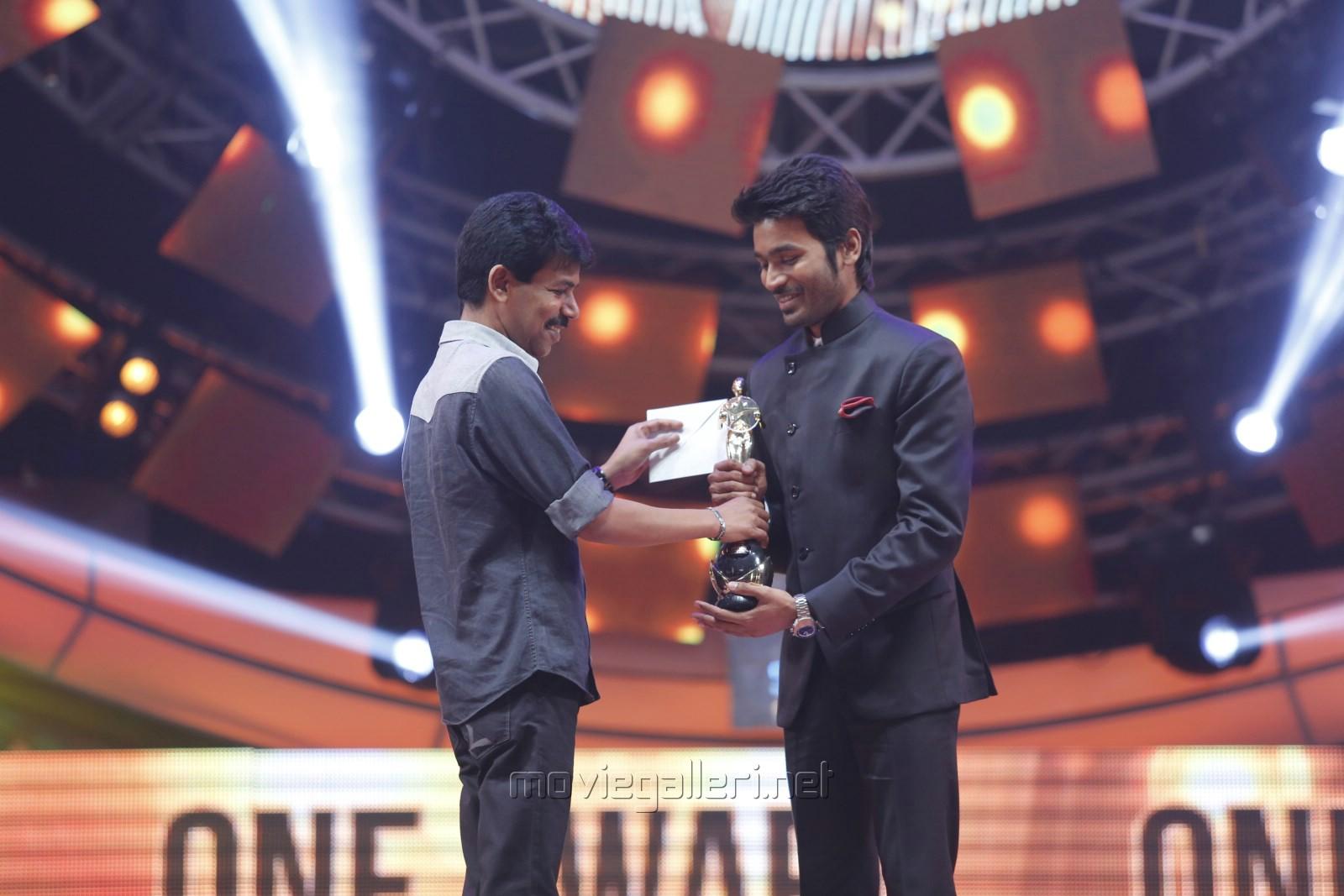 Kamal Raja Hd Wallpaper Picture 862555 Bala Dhanush 9th Annaul Vijay Awards
