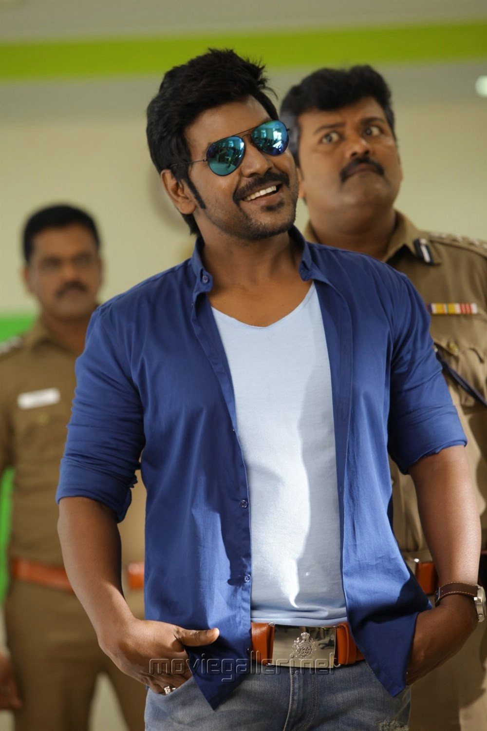 Vtv Wallpapers Hd Picture 1155615 Actor Raghava Lawrence In Motta Siva