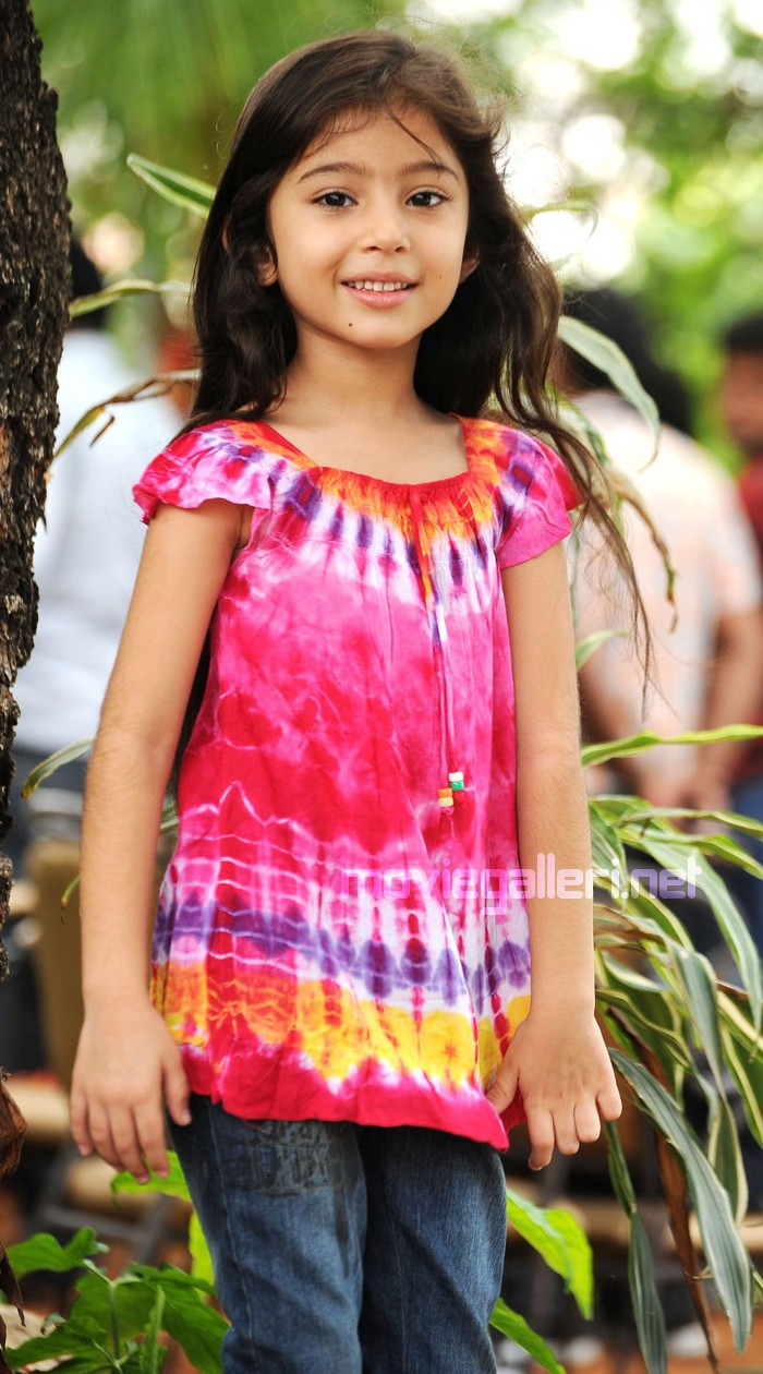 Cute Tamil Actress Wallpapers Picture 37890 Baby Sara Cute Photoshoot Gallery New