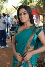 Poorna Hot Saree Navel