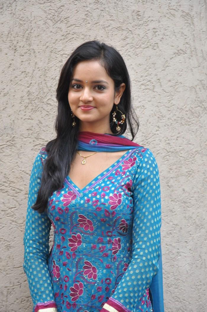 Shanvi Cute Hd Wallpapers Picture 208253 Actress Shanvi In Churidar Hot Stills