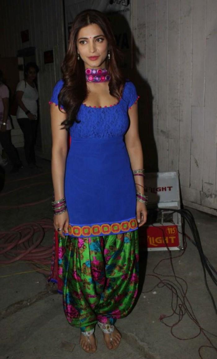 Punjabi Cute Girl Wallpaper Picture 443239 Shruti Hassan Hot Images In Blue Salwar