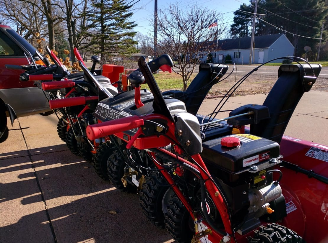 How to Pick the Right Snow Thrower for You and Your Property
