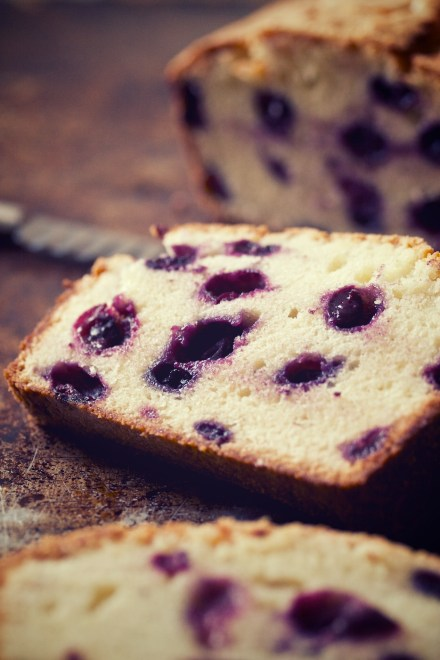 blueberry loaf | movita beaucoup