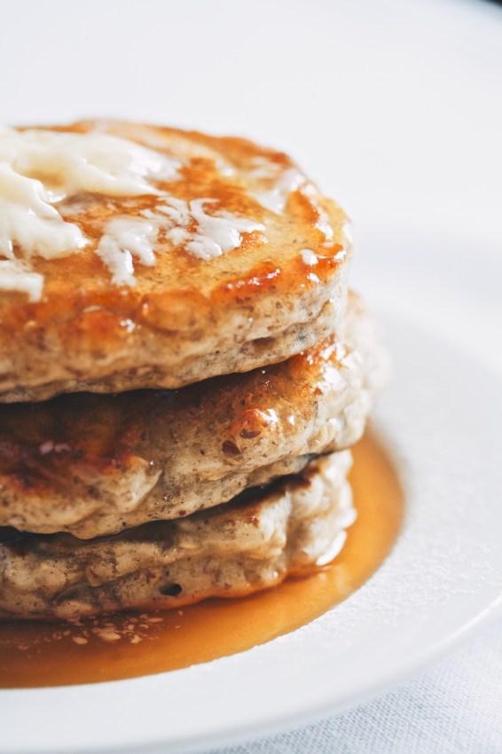 blueberry oat pancakes   movita beaucoup