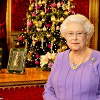 Queen Elizabeth's Reference to 'Game Of Thrones' In Her Christmas Message Sets Twitter On Fire